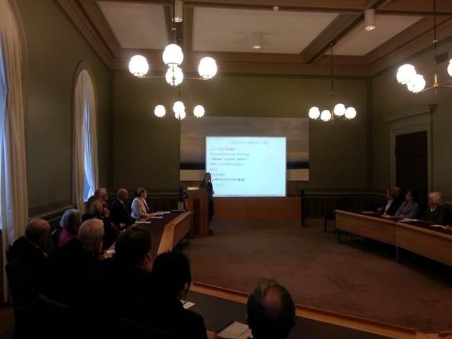 Universitetslektor Beáta Megyesi berättar om hur de knäckte en lingvistisk kod från 1700-talet.